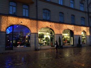 Ljusgardiner på fasad