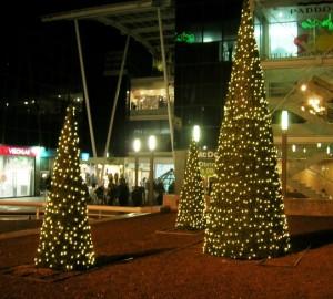 Cone trees med leds. Finns i flera färger och storlekar