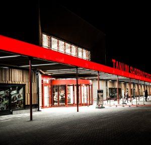 Ljusgardiner med varmvita leds vid köpcentrum