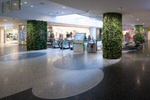 Naturtrogen, kundanpassad växtvägg med konstväxter