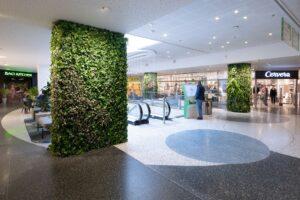 Naturtrogen växtvägg med konstgjorda växter