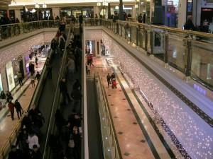 Ljusgardinermed varmvita leds på Gran Via 2 i Barcelona
